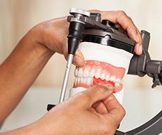 Dentale Kurse für Zahntechniker
