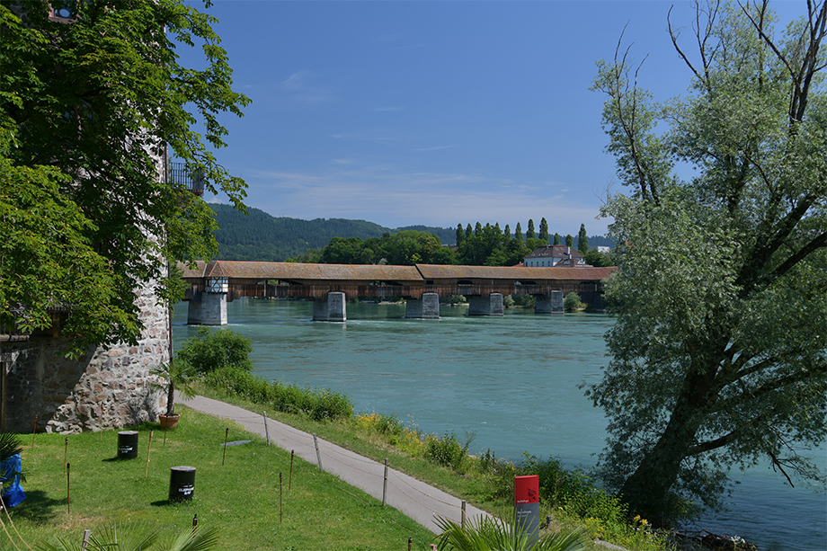 View of the wooden bridge and the Diebsturm