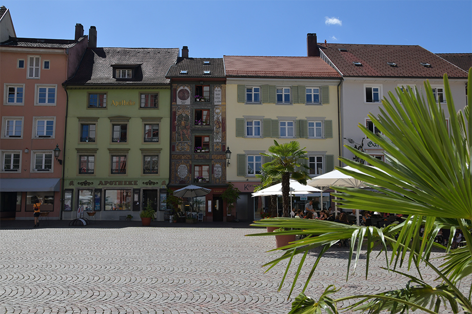 Historic houses bordering Münsterplatz.