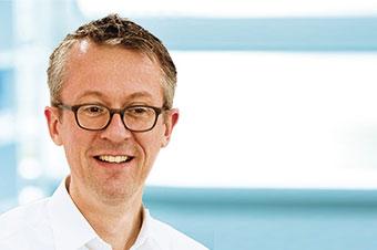 Dr. med. dent. Andreas Bindl
